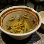 s.201 - ☆ジャスミン茶の茶葉少し少なめ!(^^)!☆