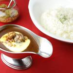 欧風カレー食堂 jizi ジジ - チキンカレー(チーズトッピング)
