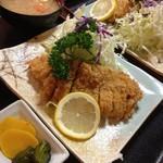 三浦屋 - 料理写真:16/7/27 ロースカツ定食(上)