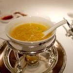 54134032 - コニッシュジャックのヒレ入り 南瓜風味のチキンクリームスープ