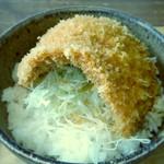 syokudo ぱくり亭 - ミニたれかつ丼   カツのビジュアルが…(^^;