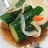 京城苑 - 料理写真:サービスの水キムチ