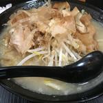 自家製太麺 ドカ盛 マッチョ - ラーメン塩