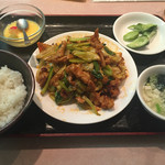 三国軒 - 豚肉とキャベツ辛み炒め(700円)