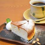 六古窯 - チーズケーキ