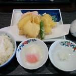 54147187 - 鶏天ぷら定食 780円