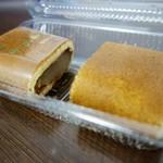 渡辺菓子舗 - [2016/07]かすまきハーフ・黒あん(120円)とかすまきハーフ・白あん(120円)