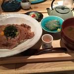 いまがわ食堂 - 雲丹と葉山牛の炙り焼き贅沢定食