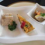 セルフィーユ - 前菜 チキンパテ 鯖のマリネ スパニッシュオムレツ