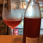 肉焼屋ワイン部 ジャストMEAT  - 私がプレゼントした国内産ワイン@滋賀県。無濾過、瓶内発酵タイプ。<2016/7/28>