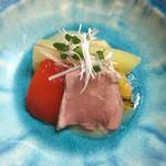 54162088 - [先付]  牛ロース、茄子、ピーマンの冷菜