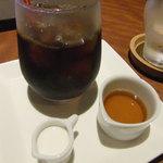 梅酒バー アプリシエ - 豆をひいて アイスコーヒーにしていただきました