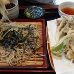そばグルメ花咲 - 料理写真: