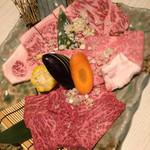 焼肉 マヨン - マヨン盛り合わせ(320g) 5300円