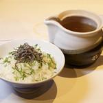 出汁茶漬け(こんぶ)