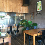 cafe HIFUMI - 店内の様子