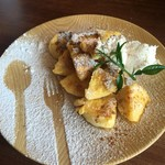 cafe HIFUMI - ベーグルのフレンチトースト