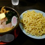 小十郎 - みそカレー牛乳つけ麺:中盛り
