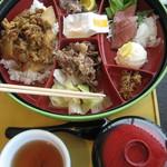 道の駅うずしおレストラン - 淡路島牛丼
