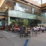 マルノウチ カフェ × ワイアードカフェ - 丸ビルの1階