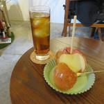 54199854 - りんご飴 メープル&ウィルキンソン ジンジャエール