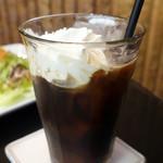 ストーン  - アイスウィンナーコーヒー