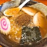 ラーメンハウス新治 - 煮干しラーメン(780円)