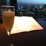 マジェスティック - 食前酒と夜景