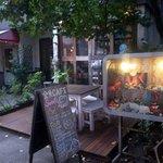 金魚CAFE - 代々木駅から徒歩2分
