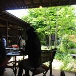カフェ ハナナ - テラス席