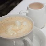 銀座 ハプスブルク・ファイルヒェン - こちら以降は、カフェ利用です。