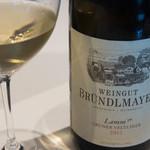 銀座 ハプスブルク・ファイルヒェン - グリューナー・フェルトリーナー・リード・ラム・カンプタールDAC・レゼルヴ 2012/ワイングート・ブリュンデルマイヤー