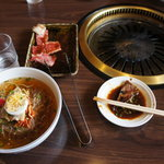 春香苑 - 冷麺セットです。(ランチ)