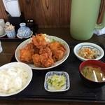 ごはん屋さん - 鶏の唐揚げ定食