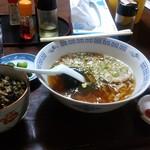 54222404 - サンキューラーメンと野沢菜ご飯