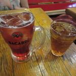武州うどんあかねandみどりダイニング - 相方のカシスソーダ  400円+TAX & 自分のウーロン茶 0円