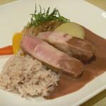カフェ ホイアン - 芋豚の軽い燻製 肉醤とポルトワインのソース