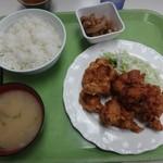 札幌市手稲区役所 食堂 - ザンタレ定食これでなんとびっくりの440円(ご飯大盛り無料・ご飯味噌汁おかわりも無料となんでもござれ)