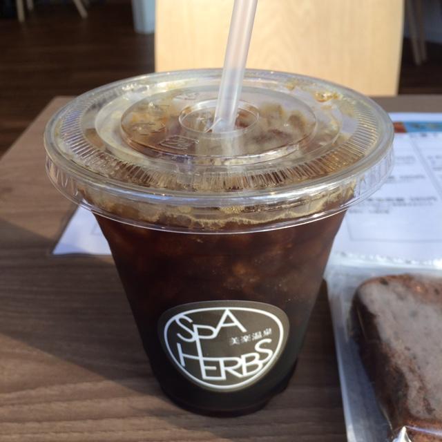 Cafe Belax - アイスコーヒー。 税込380円。 美味し。