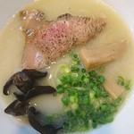 麺や 一想 - 鶏白湯塩750円キクラゲが印象的で濃厚なスープがとても美味しいです