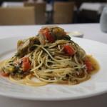 トラットリア コルティーレ - 料理写真:しらすと焼きナスと大葉のオイルソース