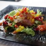 トラットリア コルティーレ - かつおの燻製、野菜のジュレ添え