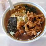 中華料理 来集軒 - 鶏唐揚ラーメン