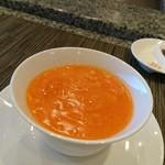 ホテルオークラレストラン 鉄板焼き さざんか - 桃花林より 蟹の卵入りフカヒレのスープ