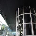クレプスキュール・カフェ - メディアテークの1階です
