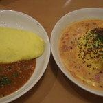 ひこうき - (左)チーズ入り  (右)カリカリベーコン