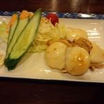 魚勝 - ホタテバター焼