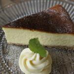 shucafe' - ホワイトチョコのチーズケーキ@430