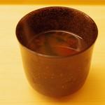 鮨 よし田 - 赤出汁