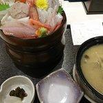 54249158 - 海鮮丼(上)、あら汁